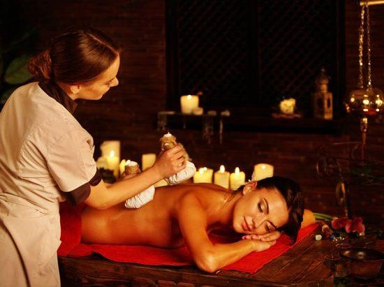 Herbal Hot Compress Massage - Thaise kruidenmassage
